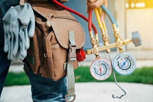 Manutenzione impianti aria compressa: il manutentore di impianti